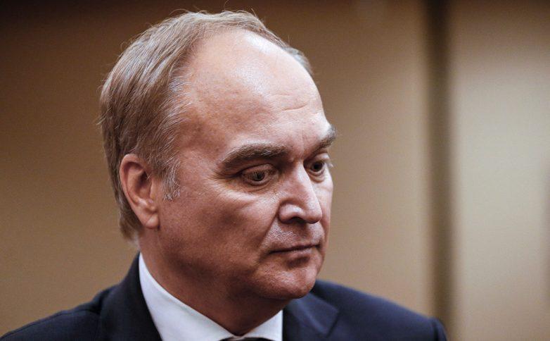 Крнгрессмены США отказваются беседовать с послом России