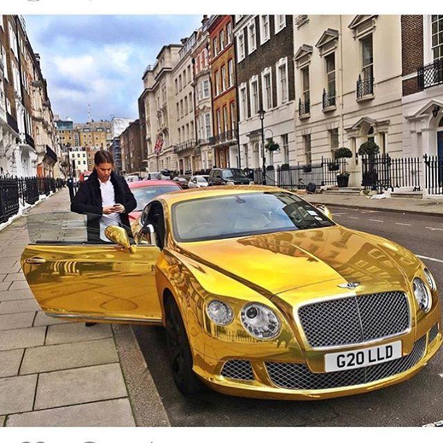 Беззаботная и богатая жизнь лондонской молодежи