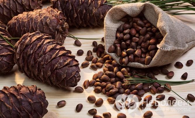 Лечение кедровыми орехами: 5 целебных средств