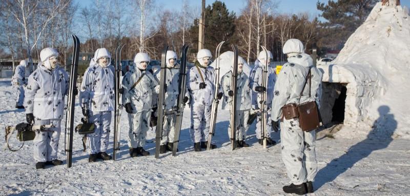 Страшные русские сидят в норах в Арктике