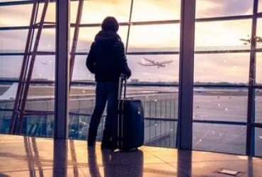 Украинцы продолжают разочаровываться и уезжать за границу