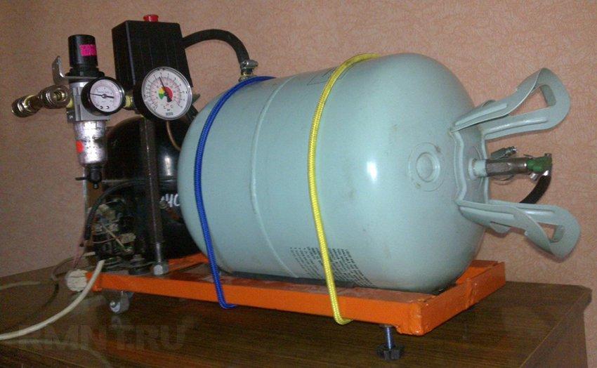 Как сделать из газового баллона компрессор
