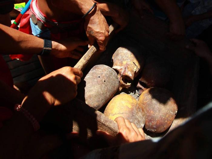Китайский обычай «очищения костей».