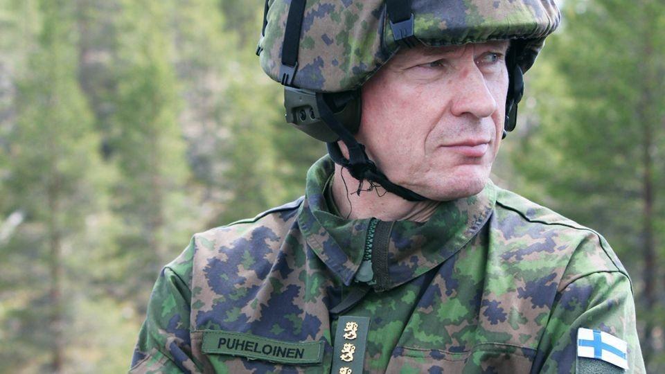 Финляндия увеличит армию из-за действий России