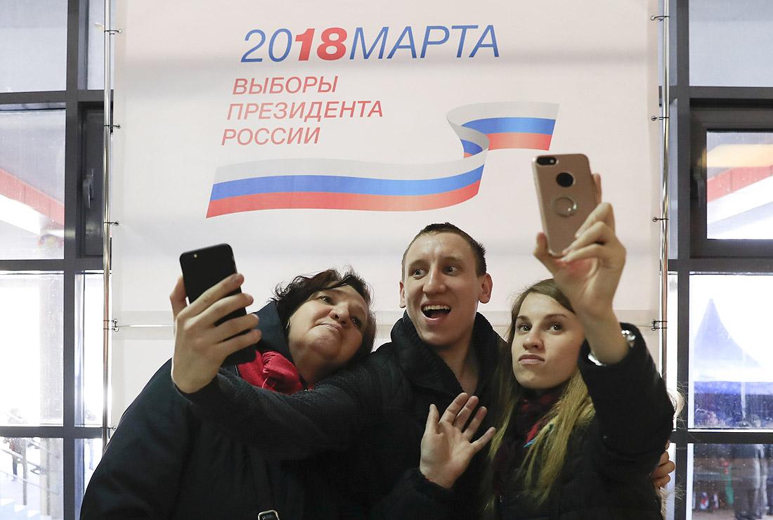 Собчак на выборах в Петербурге обогнала Жириновского
