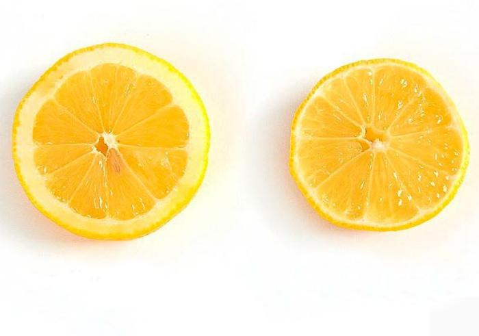 Определение вкуса лимона. | Фото: Incrível.club.