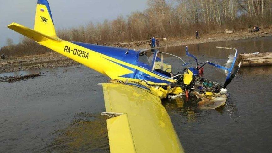 Момент крушения легкомоторного самолета в Хакасии попал на видео