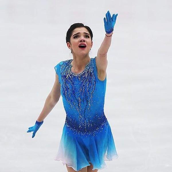 Девчонкам олимпийским фигуристкам!