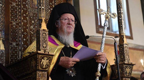Вселенский патриарх требует передать ему монастыри Крыма