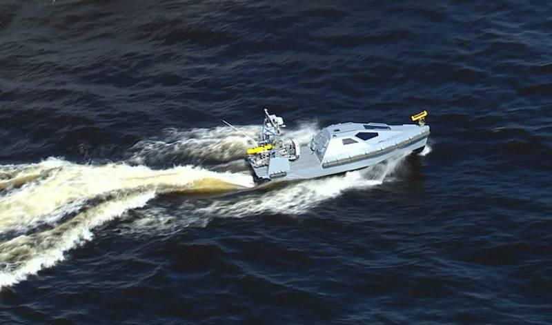 Безэкипажный катер для ВМФ испытают в Чёрном море
