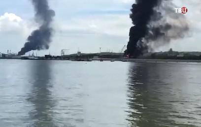 В курортном городе в Колумбии прогремели три взрыва. Видео