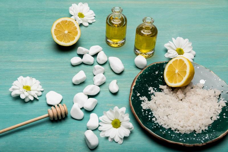 мёд и соль для лица