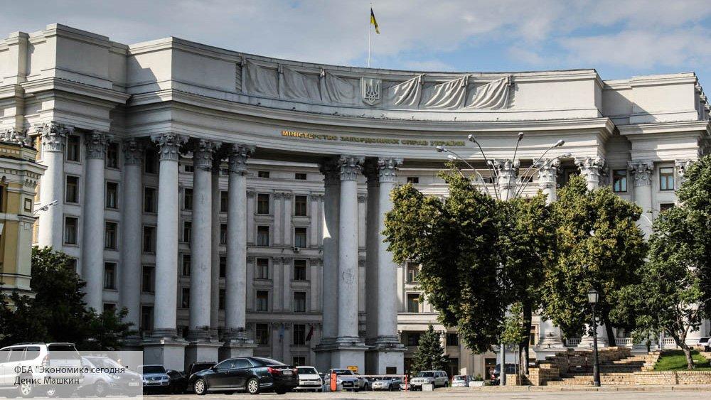 В Совфеде резко отнеслись к разрыву Украиной 49 соглашений с Россией