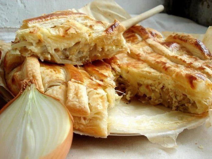 Луковый пирог хорош к завтраку и как перекус