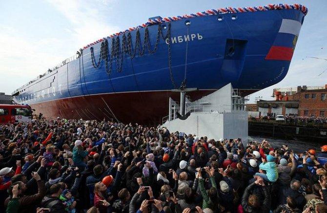 Северный Ледовитый океан тоже наш