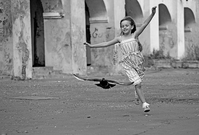«Живу, как хочу…»: стихотворение Роберта Рождественского о любви к жизни