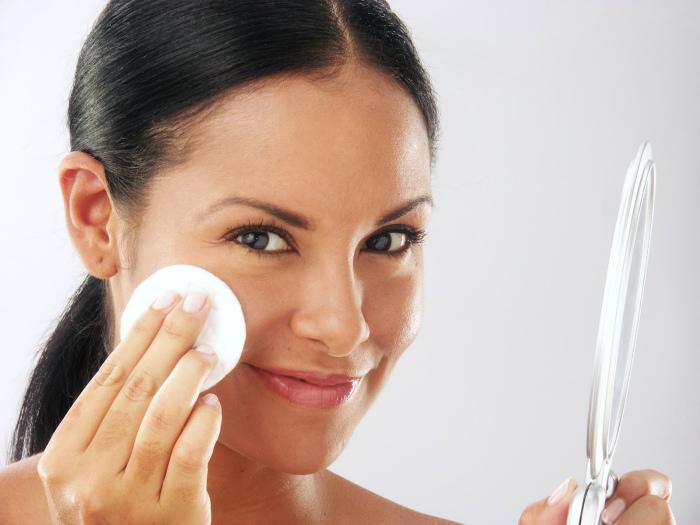 Натуральное средство для очистки кожи.