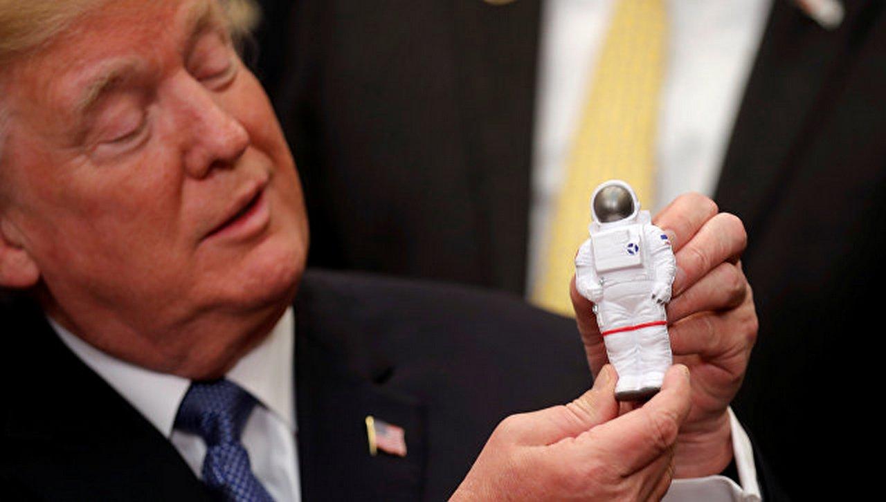 И он сказал: «поехали!», или Как Трамп на Луну собирался