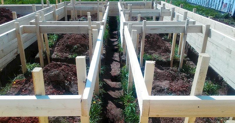 Гениальная идея для участка: как вырастить 100 кг картофеля на 1 кв. м. площади