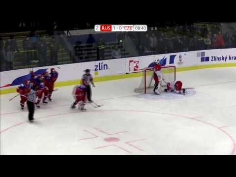 Гордимся! Женские сборные по хоккею Чехии и России устроили «ледовое побоище»