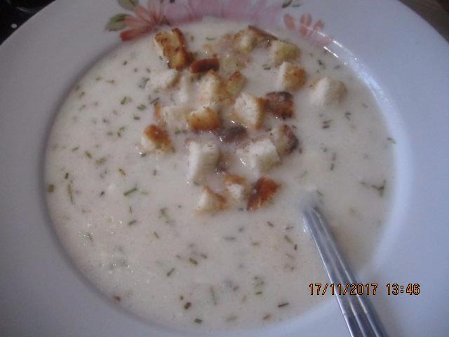 Суп мучной со сметаной Дьерский