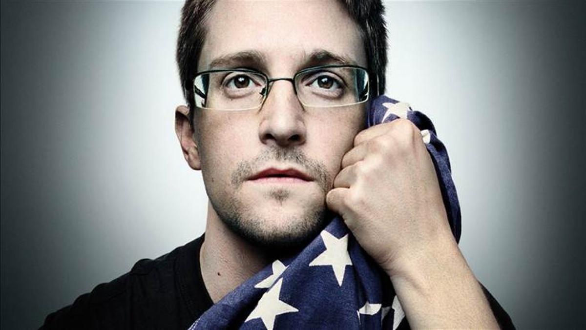 """Сноуден набросился на """"пакет Яровой"""""""