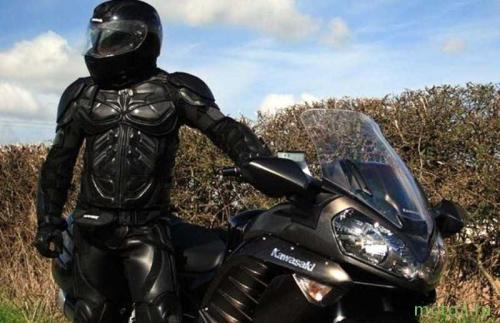 Где купить мотоциклетную одежду в Москве