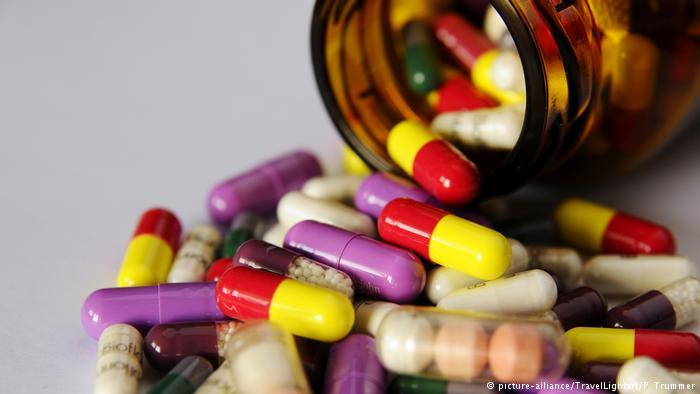 Чем грозит россиянам запрет на ввоз лекарств из США