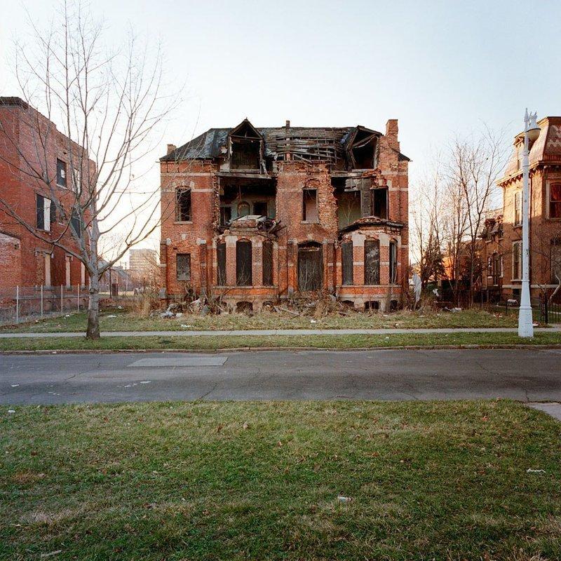 Фотограф из Детройта показал заброшенные дома этого города америка, детройт, заброшенные дома, кевин бауман, фотография