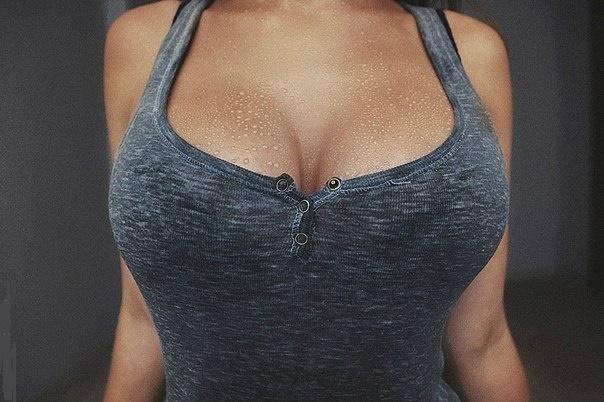 Качаем грудь дома: 3 самых эффективных упражнения