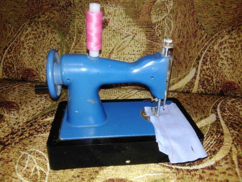 3. Детская швейная машинка ДШМ18 СССР, детские игрушки, игрушки, интересно, раритет, фото