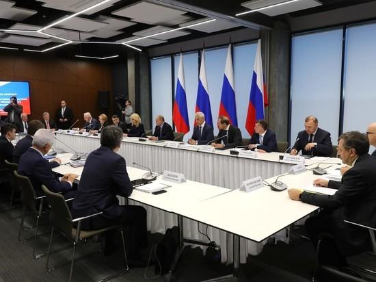 Путин в Петербурге устроил р…