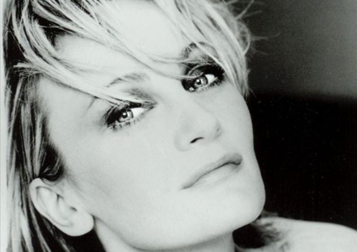 Одна из самых известных французских певиц | Фото: liveinternet.ru
