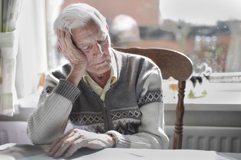 Чем отличается сон пожилых и больных от сна молодых и здоровых?
