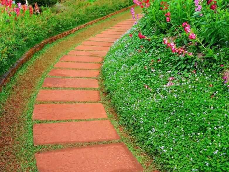 Идеи оформления садовых доро…