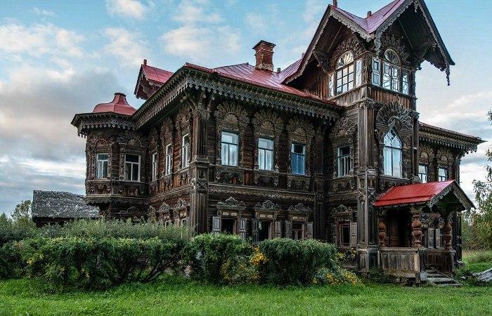 Заброшенный терем: что осталось от некогда большой деревни в Костромской области