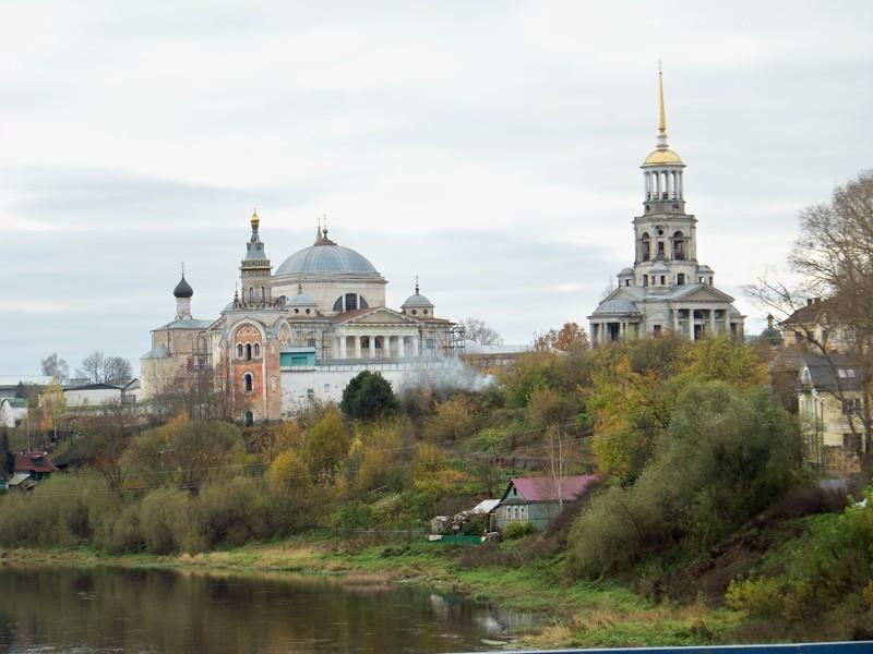 Борисоглебской монастырь - один из старейших в России, известен с 1038 года Города России, Тверская область, красивые места, пейзажи, путешествия, россия, торжок