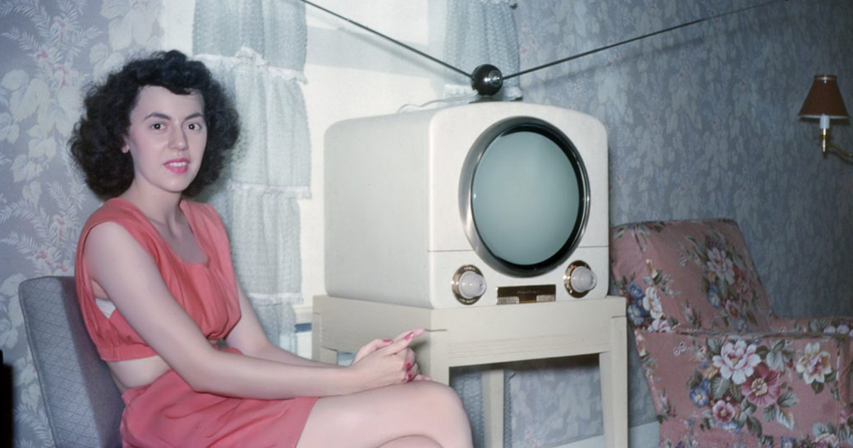 50+ Fascinating Color Photos Show Everyday Life In 1950's America