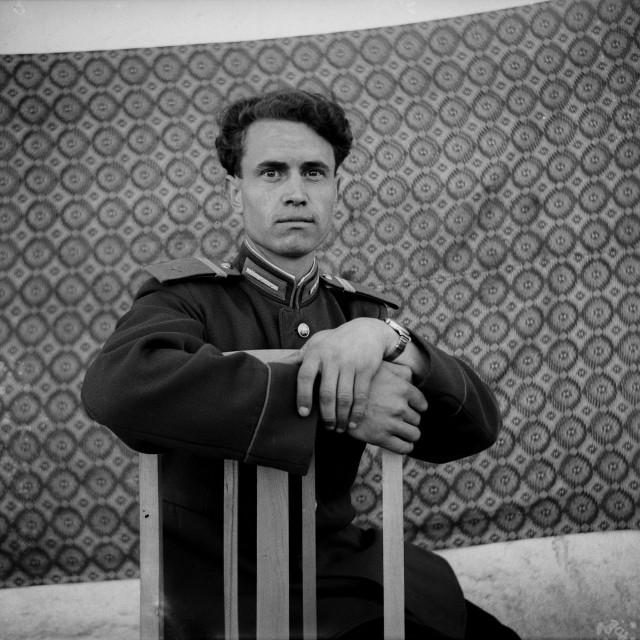 Архив сельского фотографа  СССР : в заброшенном доме нашли тысячи снимков 1950-70-х годов