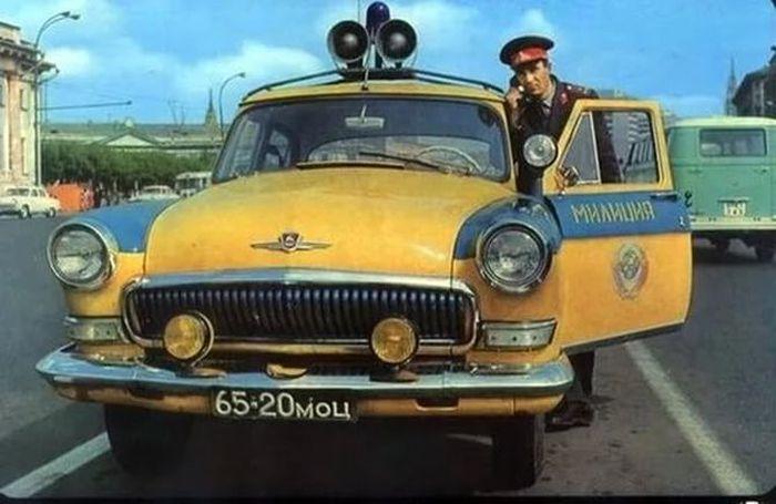 Госавтоинспекция Советского Союза на страже дорог (22 фото)