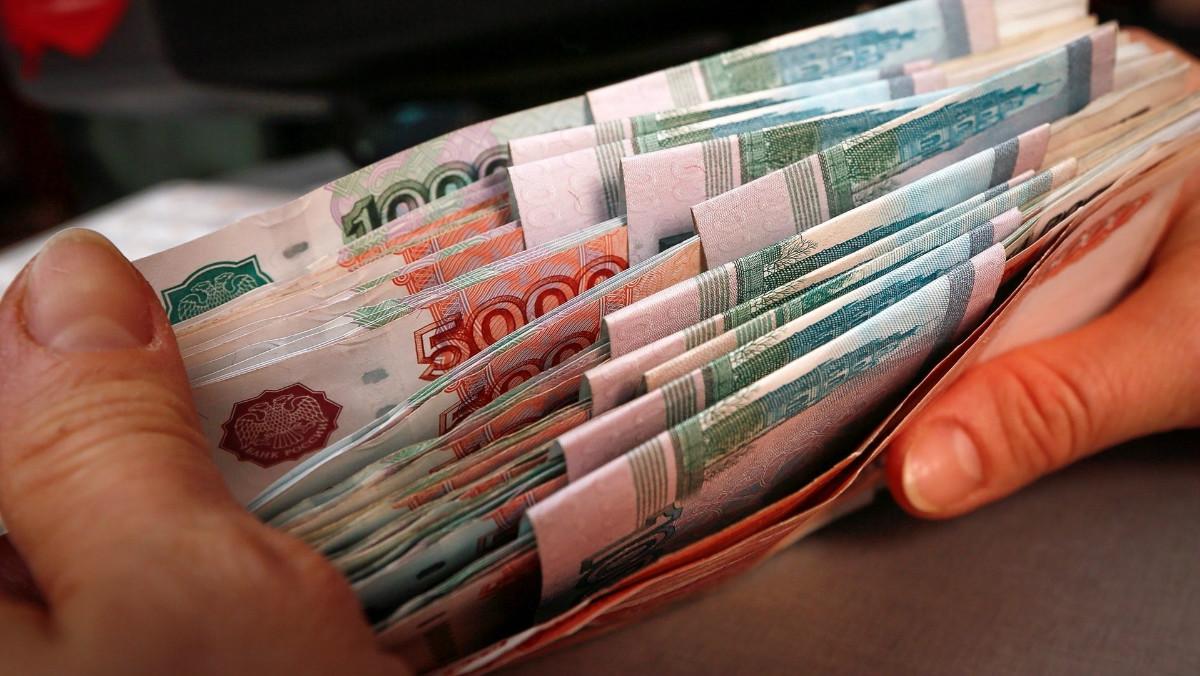 СМИ: Рублёвые накопления россиян выросли на 13,9% за год
