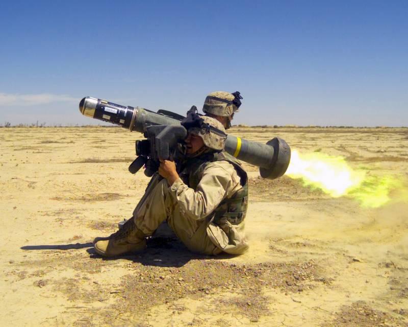 Украина снова просит летальное оружие