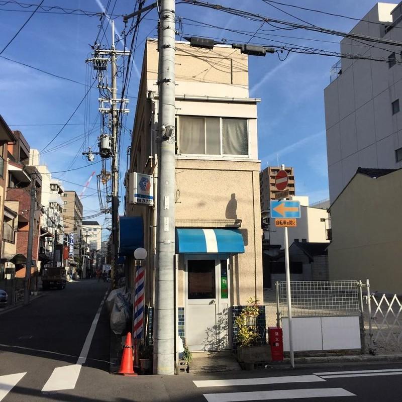 Оригинальное здание архитектура, дома, здания, киото, маленькие здания, местный колорит, фото, япония