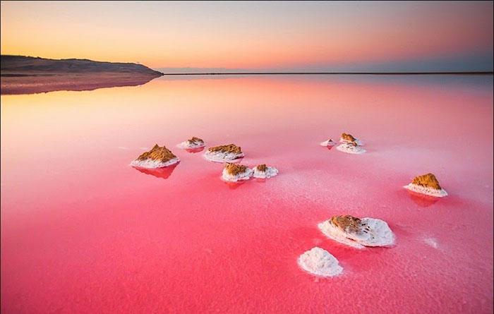 Сиваш образовался из-за изолированности от вод моря. Фото: Сергей Анашкевич.