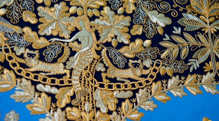 Какой город славится золотой вышивкой по материи