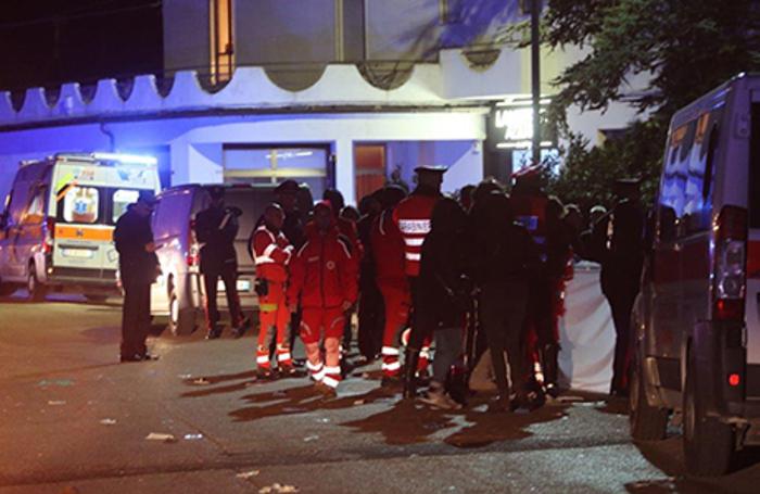 Трагедия в Италии: в давке на рэп-концерте погибли шесть человек
