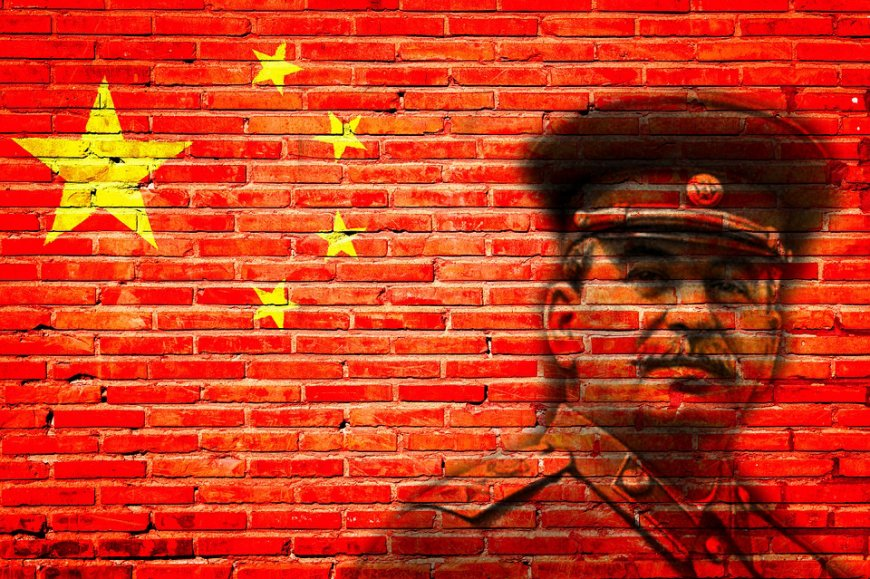 За Сталина ответил: американскому атташе Форду публично сломали нос в Китае