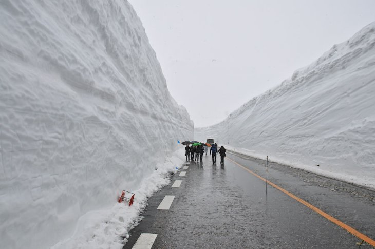 Долина снега в Японии