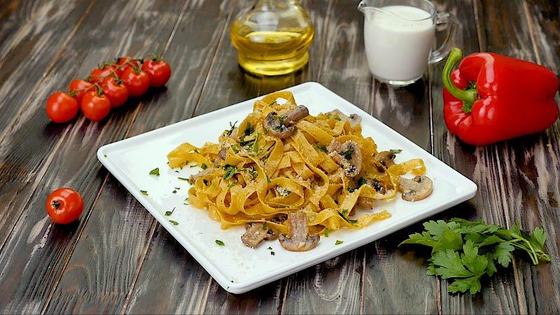 Блюда из шампиньонов: свежие идеи для яркого ужина
