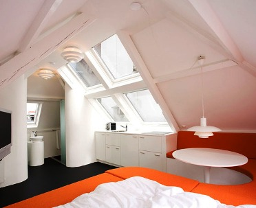 Максимум пользы в современном исполнении - маленькая квартира в Гааге, в которой есть все